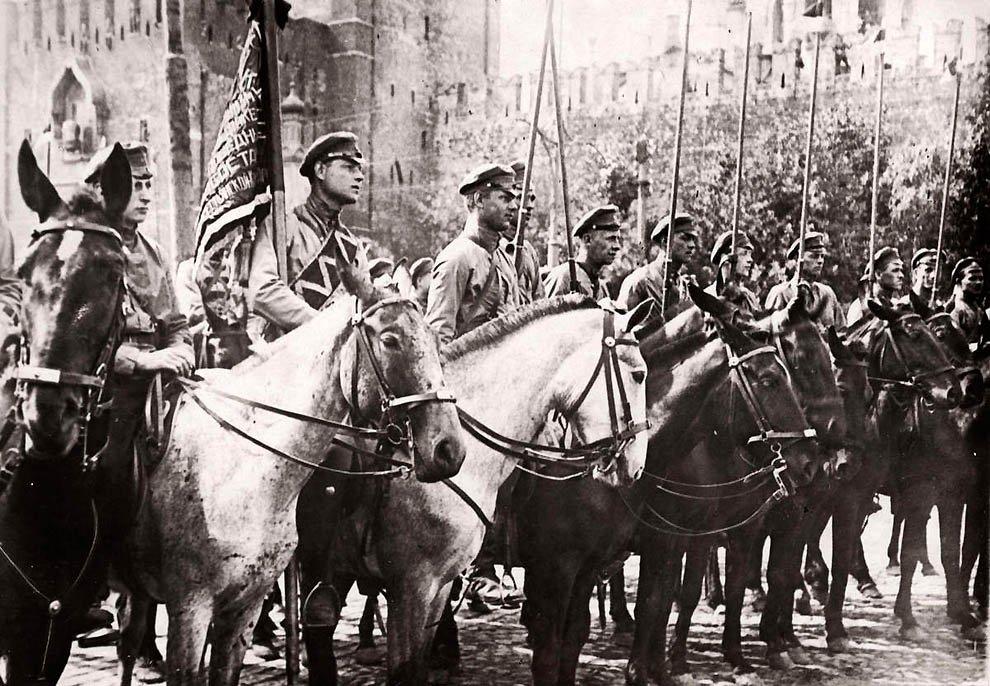 Парад Красной Армии в Москве.