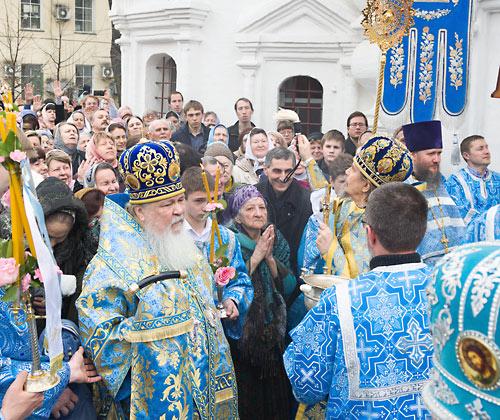 Архиерейское служение в храме свт. Николая в Пыжах