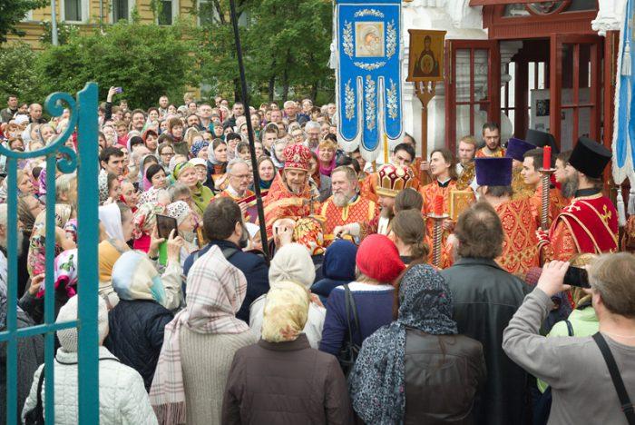 Архиерейское богослужение в день Святителя Николая